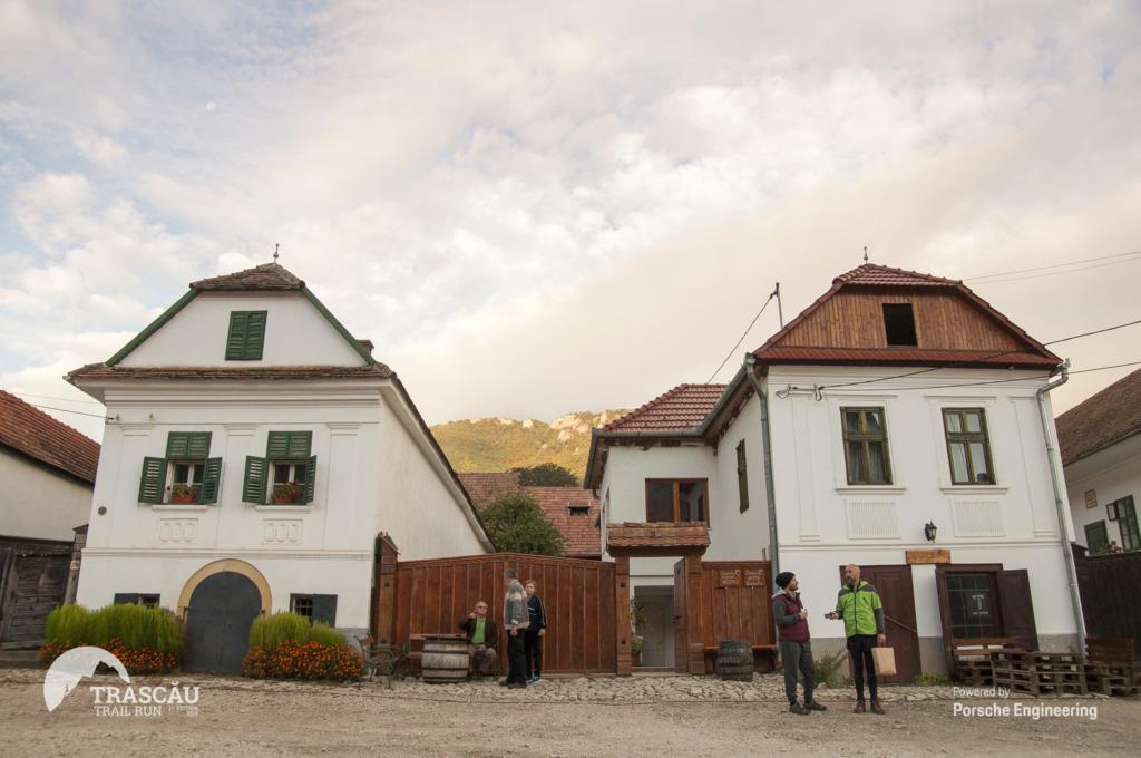 Arhitectura satelor Rimetea și Colțești